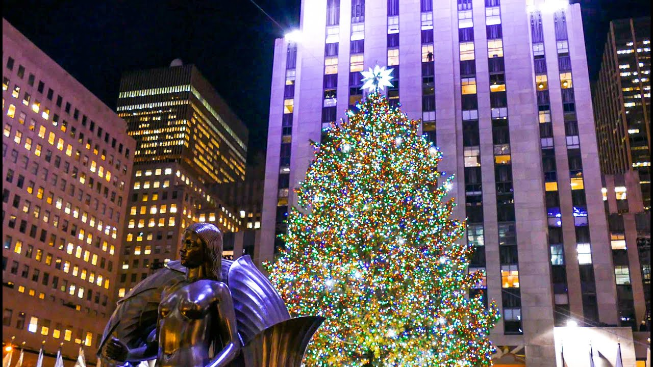 Holidays in New York City, Rockefeller Center Christmas Tree, O ...