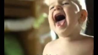 Molfix´i Seviyoruz reklam   bebekler