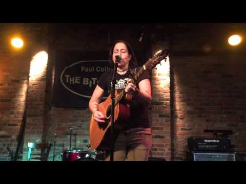 2015-12-06 - Marcy Lang @ The Bitter End - 03