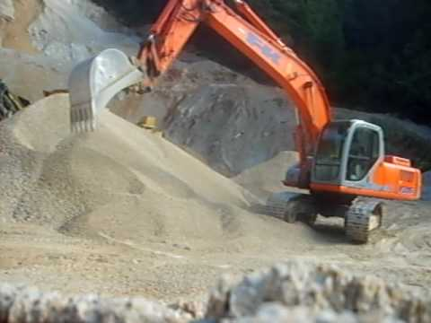 Playing whit Fiat-Kobelco E215 evolution
