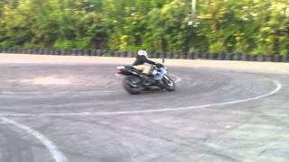 Уроки вождения мото от momik