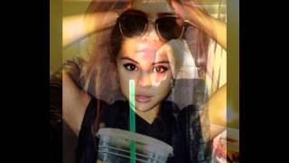 Selena Gomez & Yesly Bustamante