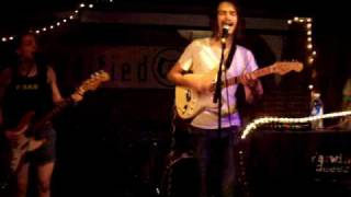 bed space by darwin deez live at modified arts