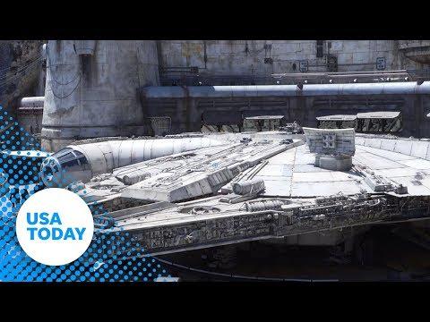 Kristin Lessard & Steve Kelly  - Sneak Peek! Star Wars: Galaxy's Edge Opens Tomorrow at Disneyland!