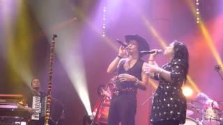 Enrique Bunbury & Carla Morrison - Canto - El Rescate - México  DF 09/29/2012