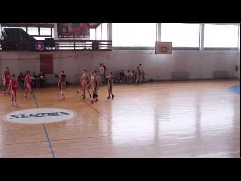 """2016 6'5"""" PG Vasilije Janjetovic - 29 Pts & 4 Ast vs. Radnicki (2014/15 U19 League of Serbia)"""