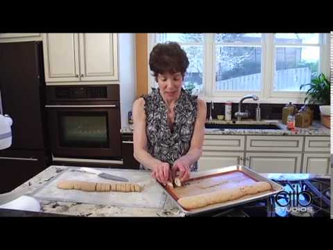 BAKING MANDEL BREAD AND RUGELACH | 'It Tastes Jewish'