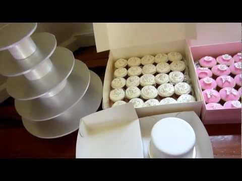 wedding-cupcake-stand-&-top-cake-ready-to-set-up