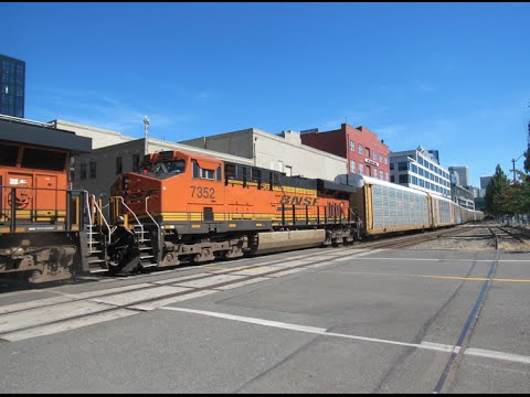 Railfanning Downtown Seattle BNSF Amtrak and more