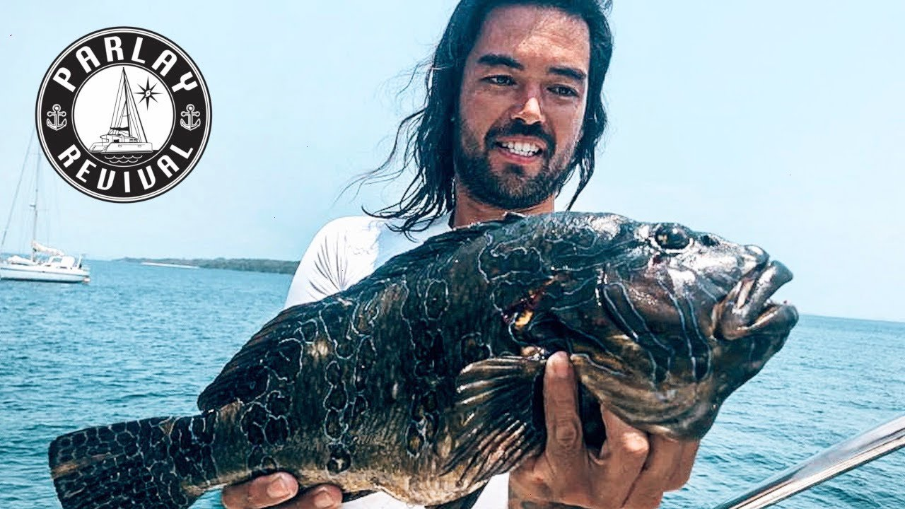 LIVING FROM THE OCEAN on a REMOTE ISLAND in TROPICAL PARADISE | Corona chronicles| Part 7