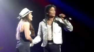 Live on stage with Michael Jackson Impersonator