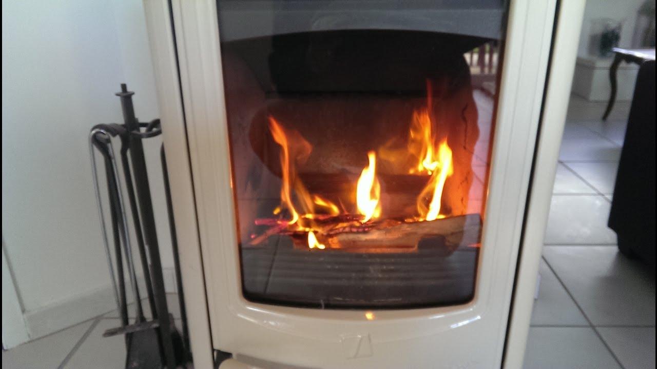 trucs & astuces: comment nettoyer la vitre d'une cheminée ou d'un