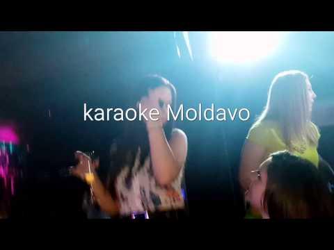 #Karaoke Moldavo.STUDIOAPERTO.IT