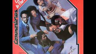 Commodores - Slippery When Wet