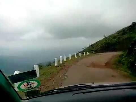 Road to Mullayanagiri hill - Highest Peak in Karnataka
