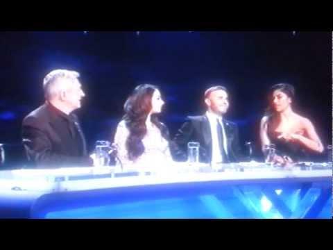 Nicole Tells Gary Barlow to Shut Up, Essex...