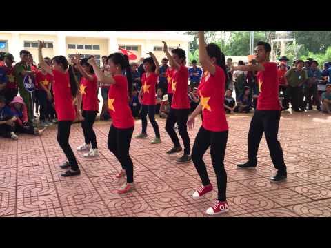 Múa dân vũ Tôi Yêu Việt Nam