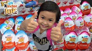 Anak Lucu Beli Kinder Joy Sendiri - Dapat mainan apa???