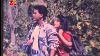 Bangla Movie song- Salman Shah- mousumi- Ekhon to somoy bhalobashar...