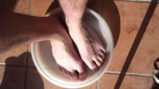 Apaiser des pieds enflés - Détendre ses chevilles