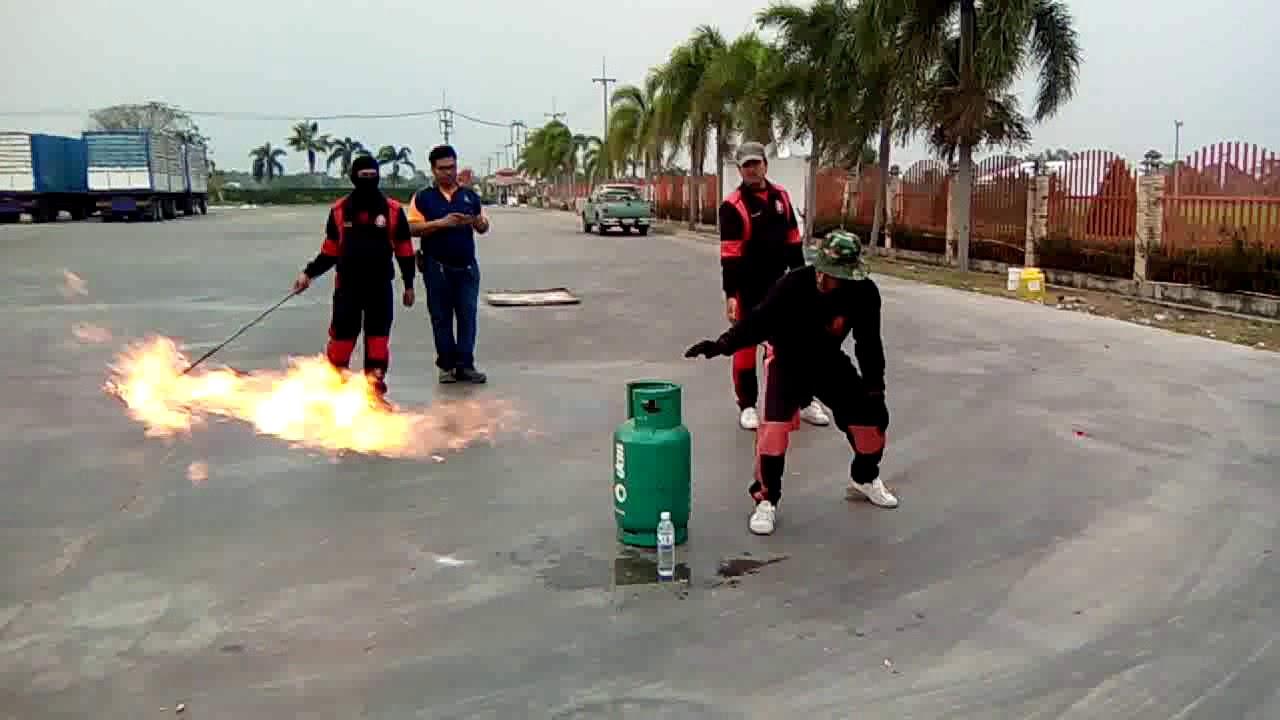 สาธิตการดับเพลิง LPG เบื้องต้น