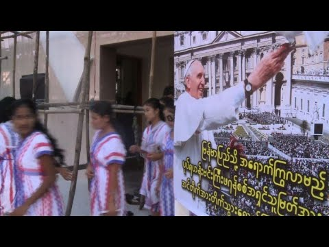 Pope heads into Rohingya diplomatic minefield