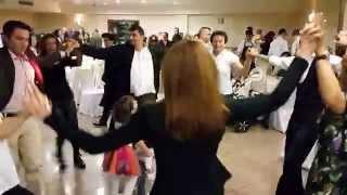 Düğünde halay böyle çekilir. ( Davul / Zurna ) - Folk dances in traditional Turkish wedding