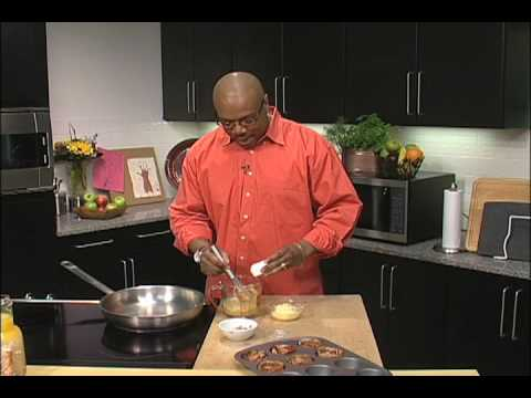 Wright Brand Bacon Byte with Aaron McCargo Jr: Bacon, Egg and Cheese Cups