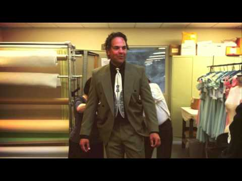 Baseball All-Star Mike Piazza Becomes The Gangster!
