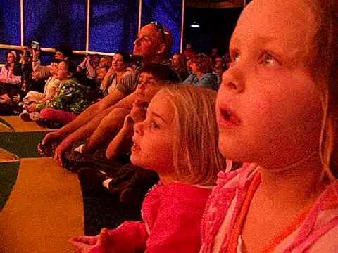 Girls Signing at Playhouse Disney @ Hollywood Studies