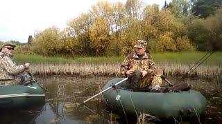 Рыбалка сплавом на лодках по реке Летка Shorts