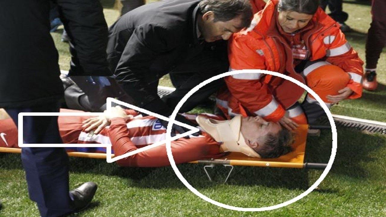 Fernando Torres Horrible golpe - Deportivo La Coruna vs ...