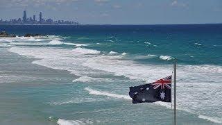 Достопримечательности Австралии. От Голд Коста до Сиднея.(Не все известные места, оказываются интересными, в этом видео Вы узнаете почему. Перед группой у меня было..., 2014-03-08T14:02:51.000Z)