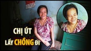Nụ cười hiếm hoi của chị Út sống trong căn nhà ngập rác khi hỏi lấy chồng  | QUỐC CHIẾN Channel