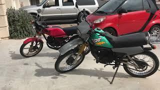 カワサキ AR 50 と ヤマハ DT 50 2台の元気なバイク