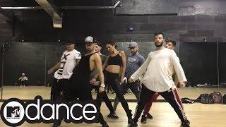 Бузова Я твоя очень #неправильная😈крутой танец 🔥