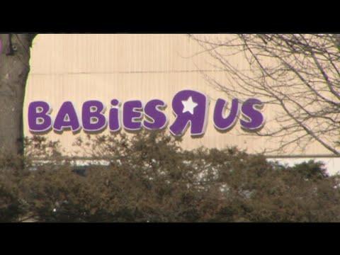Holyoke Babies R Us Closing