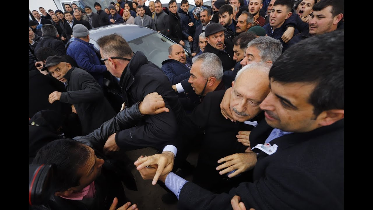 Kemal Kılıçdaroğlu'na saldırı anı
