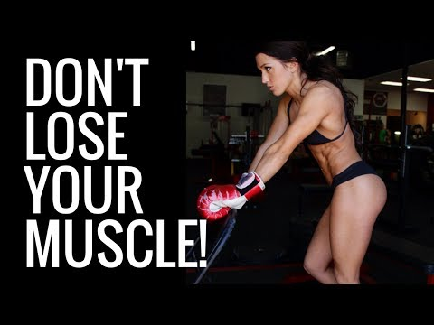 HOW TO MAINTAIN MUSCLE WHILE LOSING FAT – TOP 5 TIPS