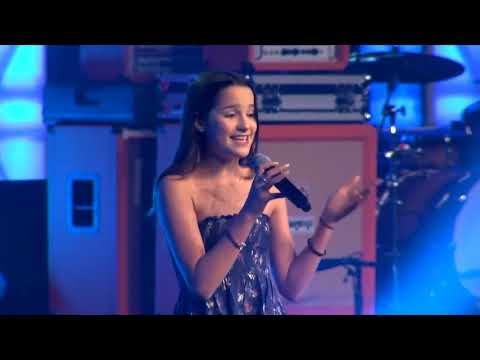 Annie LeBlanc at Playlist  2018  FULL SET