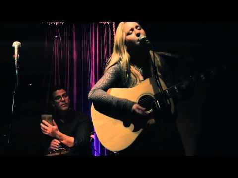 Justine Dorsey & Daussel Echevarría Live Music