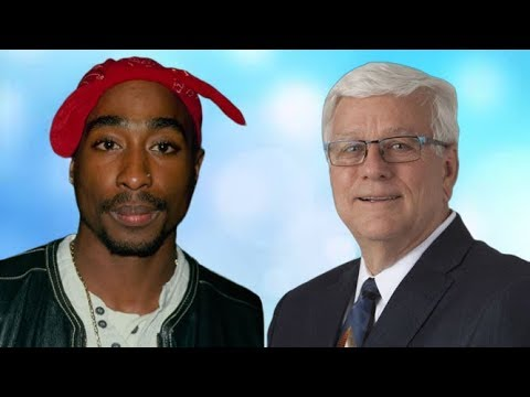 An Iowa Official And Tupac Stan Was Fired.