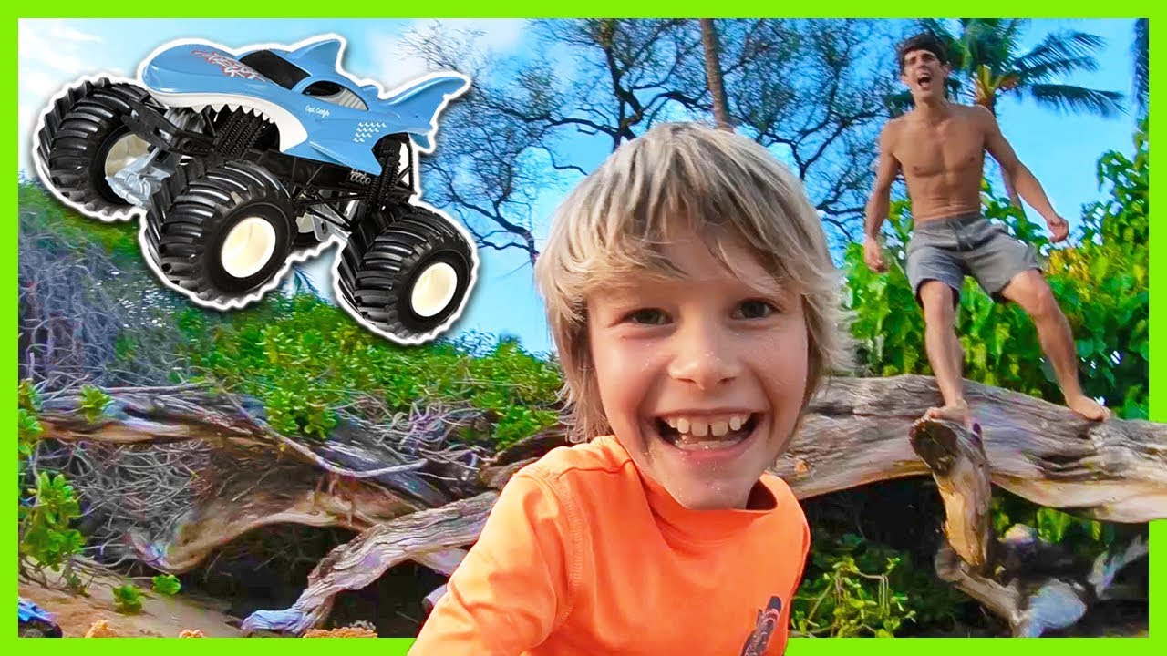 Family Fun Spins And Backflips At The Beach With Axel And Daddy Monster Trucks Youtube