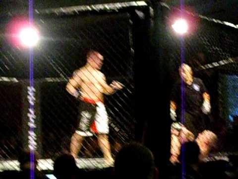 Tim Williams vs. Duane Bastress Middleweight Championship Round 1