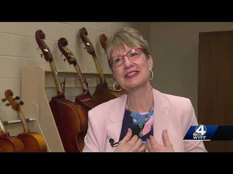 Beck Academy strings teacher wins the Golden Apple award