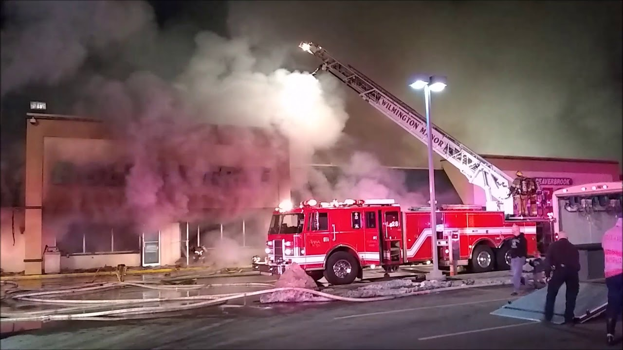 King's Plaza Shopping Center: Parking garage fire destroys cars, injures 21 in ...