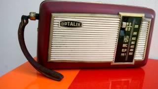 Luisteren naar radio Maria Lopik met dit oude Franse transistorradio