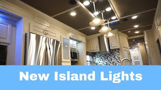 Luxe Elite Luxury Fifth Wheel New Island lights 39FB