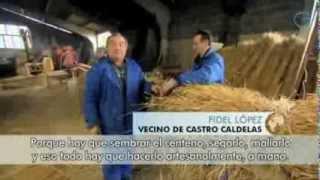 Repeat youtube video Castro Caldelas en la Ribeira Sacra en Galicia para el mundo