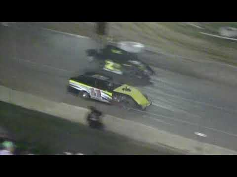 05/19/18 Modified Feature Race Crowley's Ridge Raceway